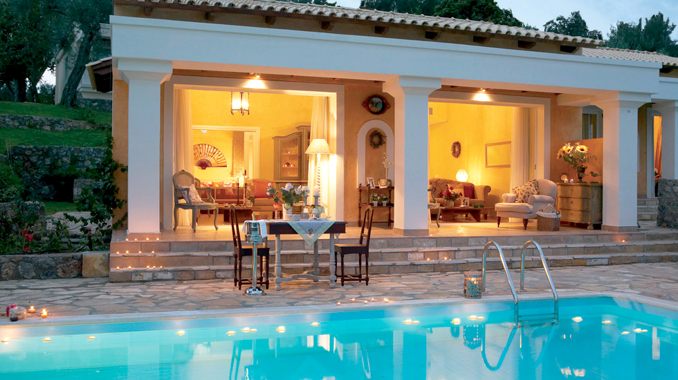 Palazzina with 2 private pools grecotel eva palace corfu for Villas with pools
