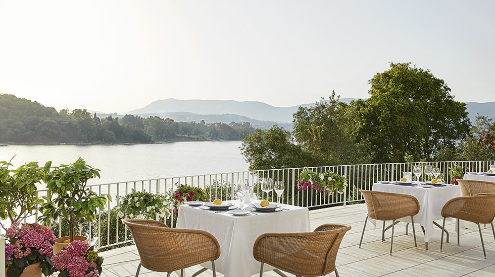 Eva Palace 5star hotel Fine dining in corfu