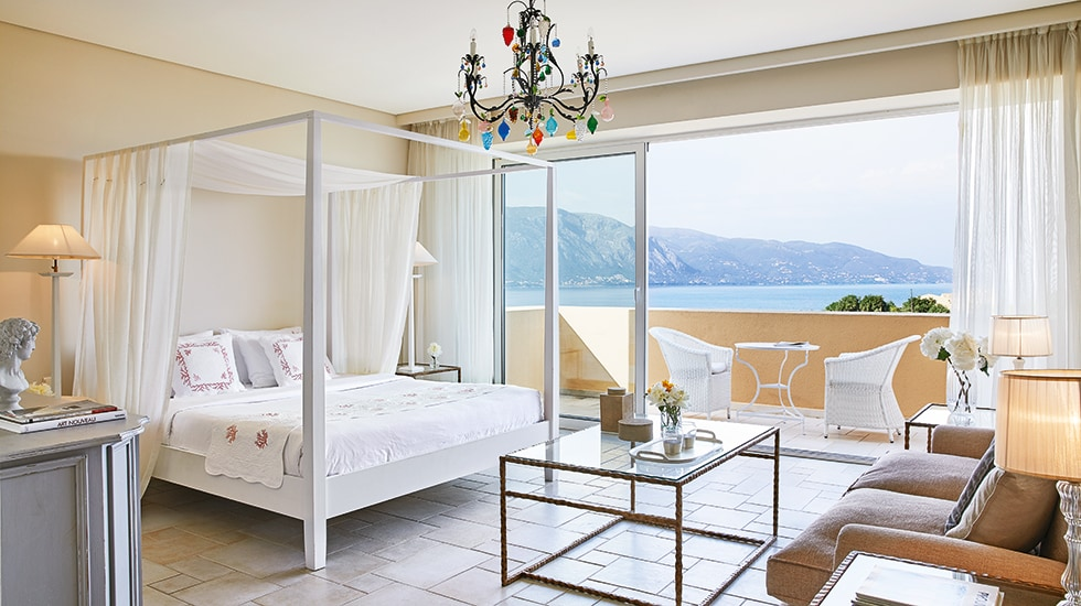 Luxury suites with sea view in Corfu